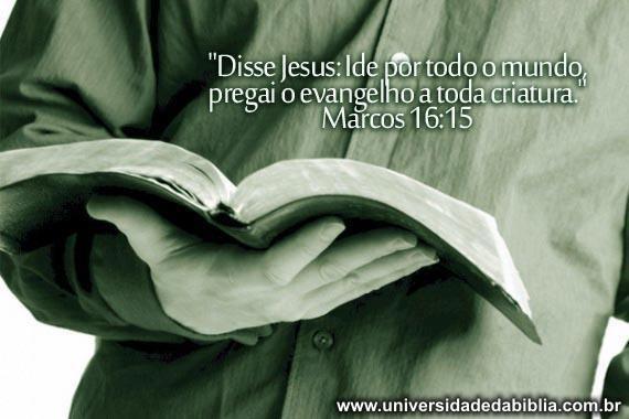 """""""Pregue o evangelho a todo o tempo. Use palavras se necessário"""""""