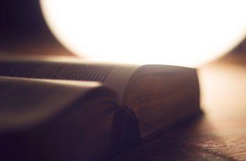 Conheça as 5 áreas fascinantes da teologia!